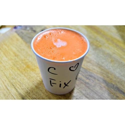 Морковный свежевыжатый сок со сливками (200 мл)
